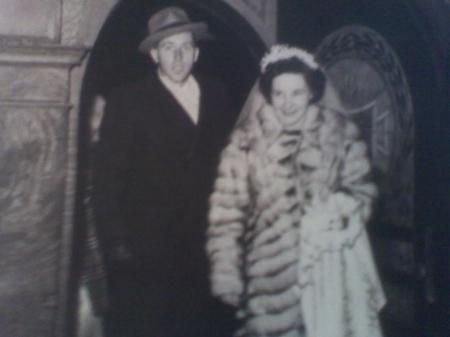 Howard & Lucille Pennington, on their wedding day in 1946.