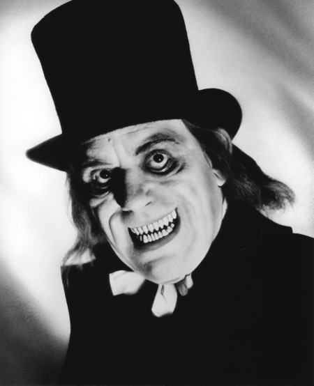 Lon Chaney, Sr. in LONDON AFTER MIDNIGHT.